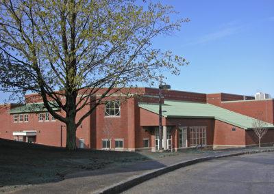 4 gym facade